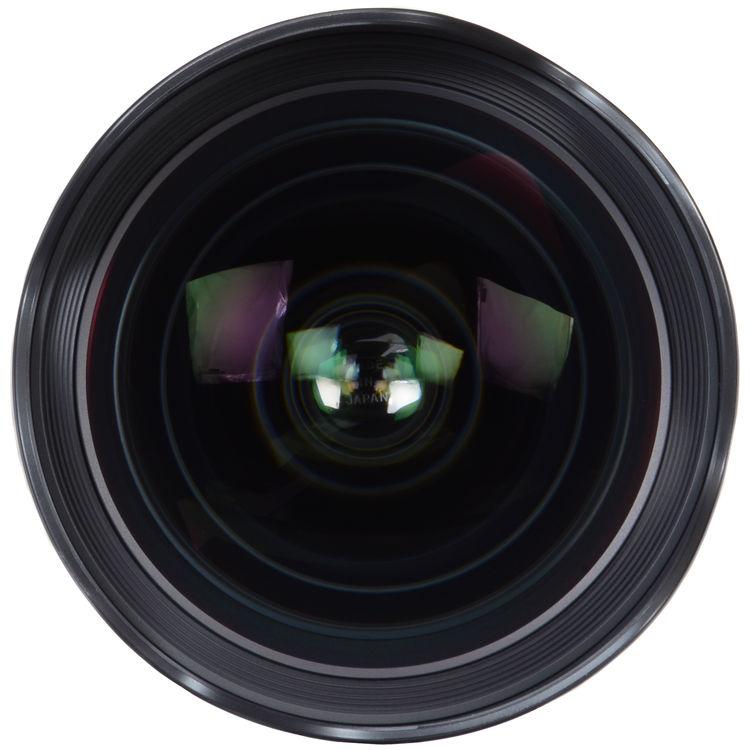 http://groody.free.fr/divers/Sigma-20mm-ART-f1.4-03.jpg